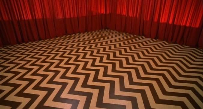 6361094739237986661586174273_64-Red-Room-Empty